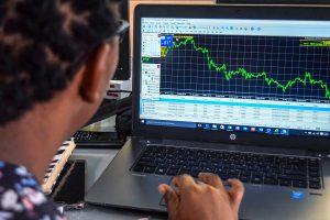 Come si gioca col trading online da casa